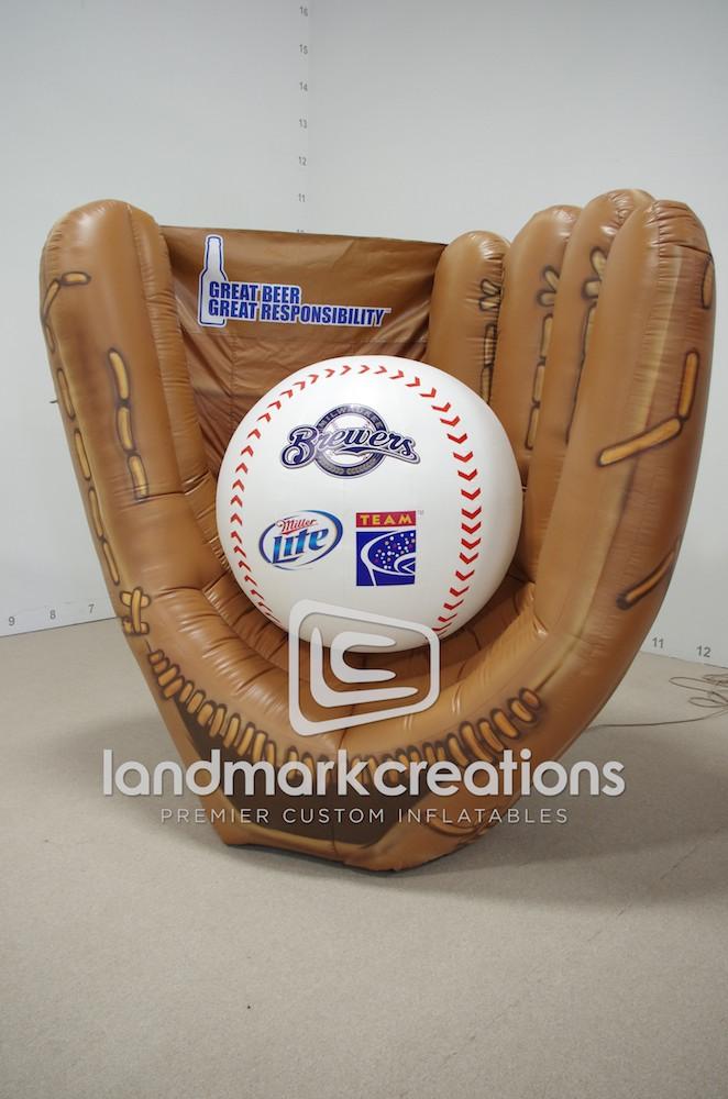 Team Coalition S Milwaukee Brewers Inflatable Baseball Glove