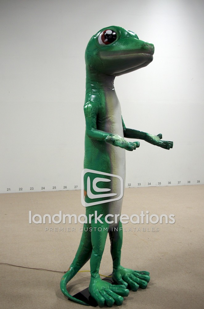 geico gecko inflatable mascot