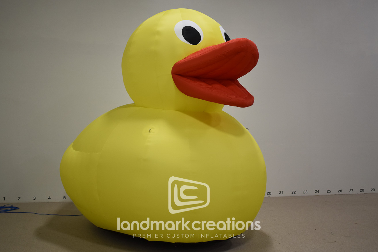 happy place inflatable rubber duck adds whimsical touch to jared paul s traveling pop up experience. Black Bedroom Furniture Sets. Home Design Ideas