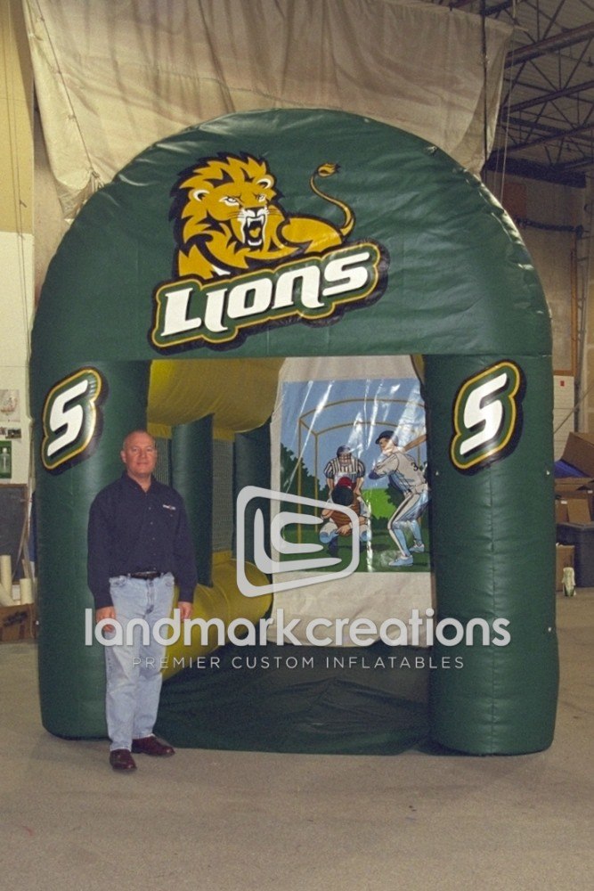 Southeastern Lion's Sports Cage