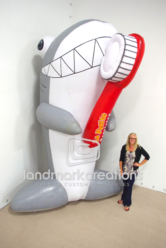 La Petite Dentistry Inflatable Shark With Toothbrush Character