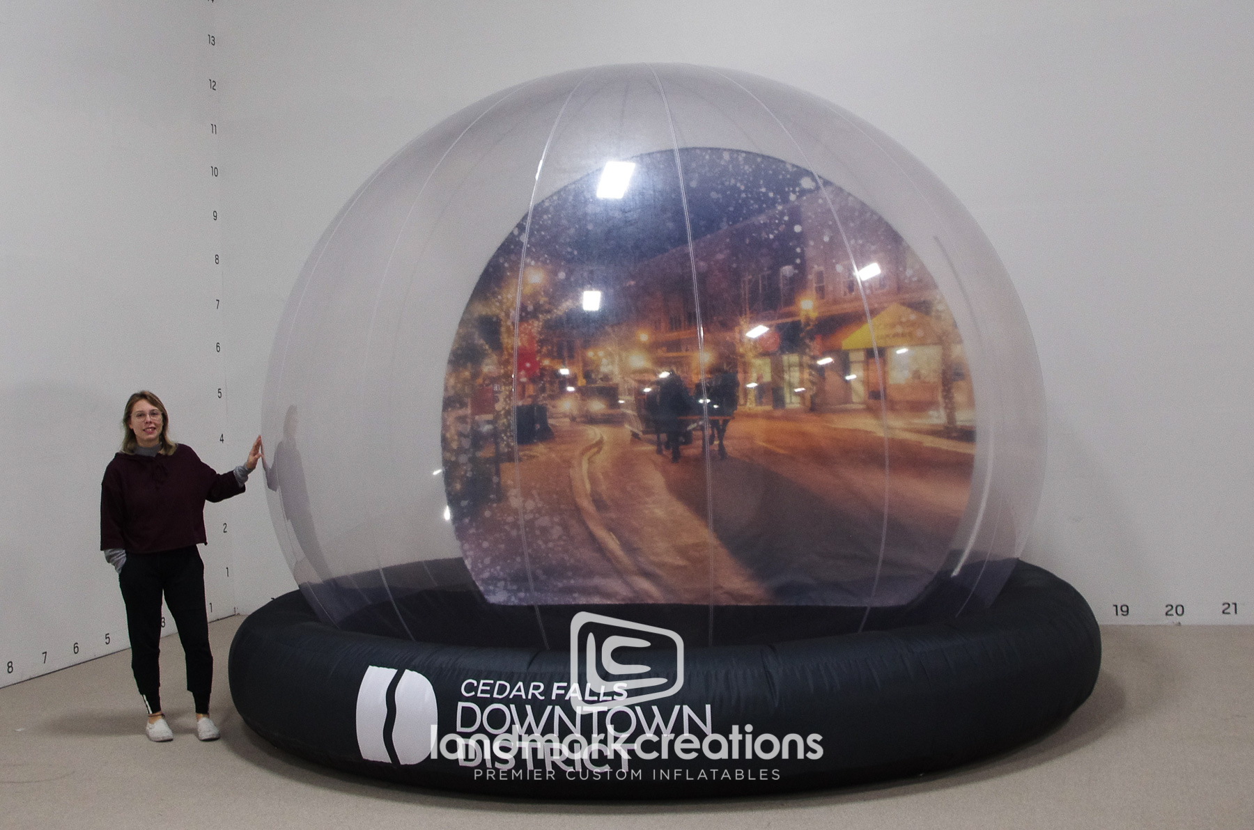 Community Main Street Snow Globe