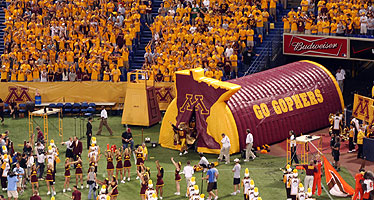 University of Minnesota Inflatable Golpher Sports Tunnel
