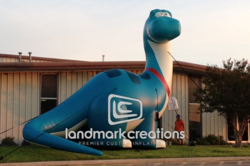 Clayton Home's Inflatable Dinosaur at Manufactured Homes Retail Location